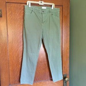 Loft women's 14/ waist 32 skinny crop pants olive